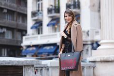 Larisa Costea & our Queen Mary bag #dorderomanesc #iutta