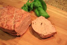 I would never use veal. Meat Recipes, Food Processor Recipes, Cooking Recipes, Recipies, Scd Recipes, Sausage Recipes, Dinner Recipes, Charcuterie, Pork Chops And Sauerkraut