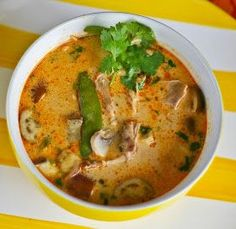 The Yum Yum Factor: Coconut Chicken Red Curry Soup