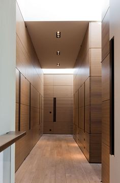 Changing rooms at hotel neptun spa designed by joi for Armoire salon design