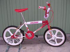 Raleigh Burner, Raleigh Chopper, Bmx Cycles, Vintage Bmx Bikes, Bmx Cruiser, Bike Magazine, Bicycle Shop, Chopper Bike, Kids Scooter