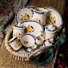 Nicholas Mosse 'Blue Orchard' pottery Irish Pottery, Kitchen Vignettes, Irish Design, China Sets, Pottery Making, Blue China, Love Blue, Ceramic Pottery, Ireland