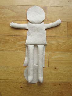 Rag Doll Free Sewing Pattern and Instructions – Amie Scott Doll Patterns Free, Doll Sewing Patterns, Sewing Dolls, Fabric Doll Pattern, Fabric Dolls, Rag Dolls, Doll Crafts, Diy Doll, Soft Dolls