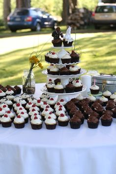 Vegan Wedding Cupcakes