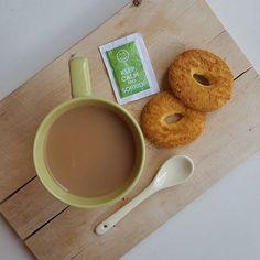 Meglio MOLTO TARDI che mai. #coffeetime #coffee_inst #coffeelover #moka_lovers #coffeeaddict #breakfastistheway #ilcolazionista #womoms_breakfast #photobreakfast #colazioneitaliana #colazionetime #snap_ish #caffè #1_cafe #unatazzadicaffe #IgCoffee #goodmorning #october #autumn #ottobre #creativityinmybreakfast #creativityforbreakfast #infinity_coffeebreak #infinity_foodlover #tentarnoncuoce #colazione #breakfast #colazioneinclusa