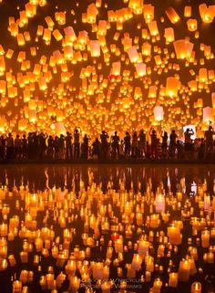 Top 10 Most Romantic Honeymoon Destinations / Chiang Mai Yii Peng Festival, Thailand What A Wonderful World, Beautiful World, Beautiful Places, Beautiful Sky, Beautiful Lights, Places To Travel, Places To Go, Romantic Honeymoon Destinations, Romantic Vacations