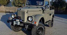 Mini Trucks, Old Trucks, Pickup Trucks, Mini Vans, Expedition Truck, Chrysler Cars, Mini Camper, Electric Power, Vintage Trucks