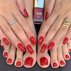 Manicure is the perfect way to express yourself. In summer, not only nails but also toenails are considered an important Pretty Toe Nails, Pretty Toes, Brown Nail Polish, Manicure, Toe Nail Color, Pedicure Colors, Summer Toe Nails, Feet Nails, Toenails