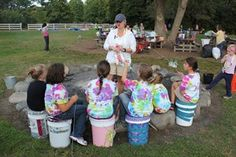 """Girl Scout Camping Sit-Upon Buckets """"Bum Kits""""   MakingFriends.com"""
