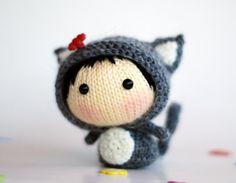 Gray GirlCat  pdf knitting pattern by deniza17 on Etsy,