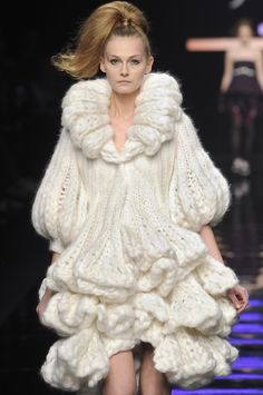 Chunky Knitwear sculptural knitted dress with bell sleeves & tiered ruffles - Byblos #fashion
