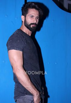 Shahid Kapoor's new undercut hairstyle. Click Here >> Voompla.com