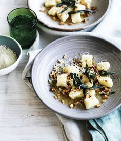 Gnocchi with sage brown butter and walnuts recipe - Boil potatoes from a cold start in a saucepan of salted water until easily pierced but not falling apart (15-25 minutes).
