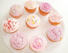 See what favim fashion found on We Heart It, your everyday app to get lost in what you love. Pastel Cupcakes, Yellow Cupcakes, Fancy Cupcakes, Kid Cupcakes, Baking Cupcakes, Yummy Cupcakes, Cupcake Cakes, Cup Cakes, Pastel Pink