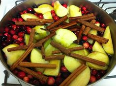 Edible potpourri which 'makes' mulled cider