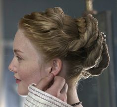 Lucrezia Borgia Os Borgias, Lucrezia Borgia, Historical Hairstyles, Medieval Hairstyles, Italian Hair, Holliday Grainger, Long Hair Tips, Hair Reference, Fantasy Hair