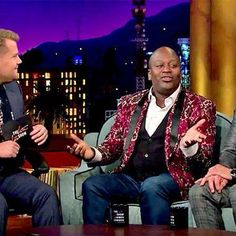 Tituss Burgess and John Stamos sing 'Kiss the Girl' from The Little Mermaid http://shot.ht/1rRcSLq @EW