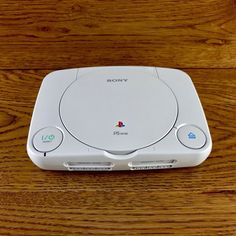 Sony Playstation 1 Console - Grey for sale online Playstation Consoles, Playstation Games, Composite Video, Betty Boop, Video Game Console, Sony, Product Launch, Creative, Technology