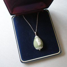 RARE Vintage Wedgwood Jewelry Egg Necklace w/ Original Box! JASPERWARE