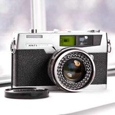 Petri 7S rangefinder #vintage #camera #1960s