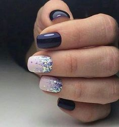 Short Acrylic Nail Designs # Pretty nails for party season and winter nails. Look good at a party especially christmas nails! Fancy Nails, Cute Nails, Pretty Nails, My Nails, Sparkle Nails, Short Nails Shellac, Blue Gel Nails, Navy Blue Nails, Shellac Manicure