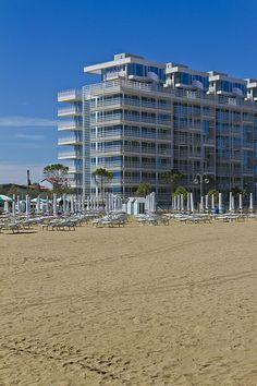 Richard MEIER - The Beach HOUSEs