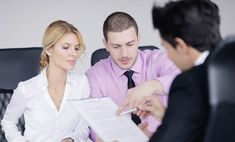 4 Factors To Consider When Retaining A Divorce Lawyer