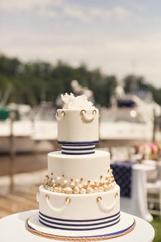 Nautical Chic Wedding Cake Inspiration - Belle The Magazine Nautical Wedding Cakes, Nautical Cake, Nautical Theme, Yacht Wedding, Chic Wedding, Wedding Blog, Beautiful Cakes, Amazing Cakes, Wedding Cake Inspiration