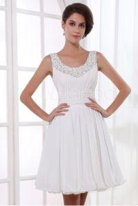 Pretty dama dress that doesn't look like it's too short!