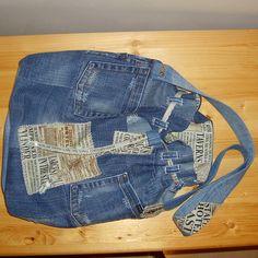 Jeans, Fashion, Bags, Moda, Fashion Styles, Fasion, Green Jeans, Denim Pants, Jeans Pants