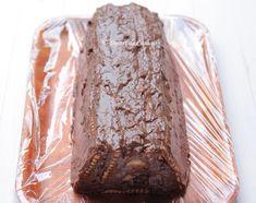 Copie a Receita de Torta de chocolate com ganache de chocolate - Receitas Supreme Chocolate Frosting, Chocolate Brownies, Chocolate Desserts, Food Cakes, Chocolates, Cake Recipes, Dessert Recipes, Sweet Desserts, Pita