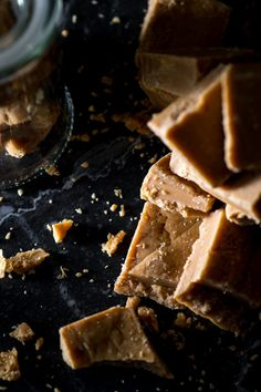 Horlicks Fudge - The Sweet Rebellion Traditional fudge flavoured with malty Horlicks! A comforting treat any time of year! Fun Baking Recipes, Fudge Recipes, Best Dessert Recipes, Sweet Recipes, Cookie Recipes, Winter Desserts, Easy Desserts, Fudge Flavors, Horlicks