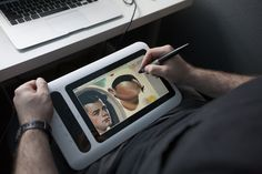 The DP10U - A Portable, Cheap Cintiq Alternative http://frenden.com/post/44426421965/the-dp10u-a-portable-cheap-cintiq-alternative