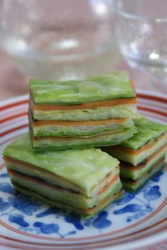 Cooking Idea: Japanese Tsukemono Mille-feuille Cake (Layers of Quick-Pickled Vegetables: Cabbage, Carrot and Cucumber) 漬け物ミルフィーユ