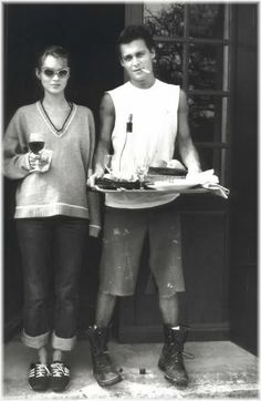 Net Image: Johnny Depp and Kate Moss: Photo ID: . Picture of Johnny Depp and Kate Moss - Latest Johnny Depp and Kate Moss Photo. John Travolta, Looks Style, Looks Cool, 1990 Style, Foto Portrait, 90s Throwback, Throwback Thursday, Richard Gere, Annie Leibovitz