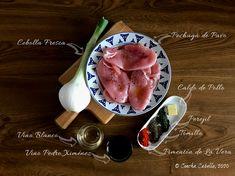 Pechuga de Pavo en Salsa de Pedro Ximénez   Mise en Place Vegetables, Ethnic Recipes, Food, Oatmeal Muffins, Caldo De Pollo, Tasty, Homemade, Mise En Place, Essen