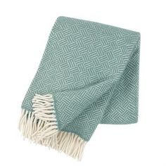 News Zealand lambswool blanket by Klippan who are a Swedish based family run business, established in Pelican Story stocks the Samba blanket in mint & soft pink. Perfect as a blanket or sofa throw. Samba, Classic Throws, Style Classique, Plaid, Swedish Design, Scandinavian Design, Warm Blankets, Wool Blanket, Throw Rugs