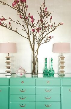 two of my favourite things, Magnolias and the colour turquoise.