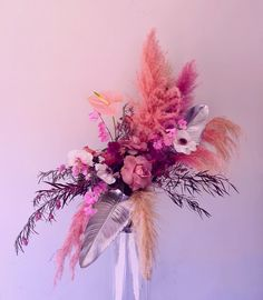 Big Flowers, Pretty Flowers, Fresh Flowers, Dried Flowers, Floral Wedding, Wedding Flowers, Dried Flower Arrangements, Flower Making, Flower Designs