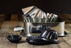 """Wyobraźcie sobie, że znajdujecie super przepis, który chcecie wypróbować jak najszybciej. Jest tylko jedno """"ale"""" – …  Jak dostosować przepis do rozmiaru blachy Czytaj dalej » Whistler, Kefir, Nespresso, Garlic, Coffee Maker, Kitchen Appliances, Mascarpone, Coffee Maker Machine, Diy Kitchen Appliances"""