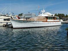 Beautiful Trumphy Motor Yacht - Key West FL (photo by Barry Grossheim)