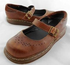 Womens Shoes DOC DR MARTEN Mary Jane LEATHER size US 9 UK 7 EUR 41 Loafers BROWN