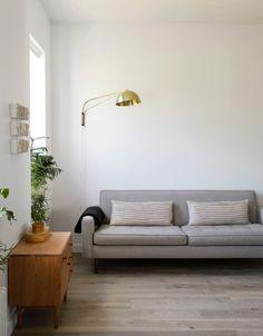 Mid-century modern Living room. Photo by Matthew Williams.