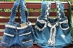 Tutoriel faire un sac en jean ! Diy Bags Jeans, Diy Bags Purses, Rosa Jeans, Denim Bag Patterns, Mochila Jeans, Blue Jean Purses, Denim Handbags, Denim Purse, Denim Ideas