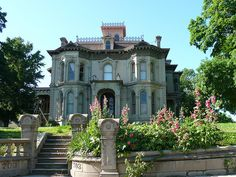 St. Joseph, Mo, Farber-Schuster-Farish House.  ca.1880   Just an example of the many beautiful historical homes in St. Joe.