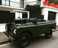 Land Rover Series 3 Bronze Green: