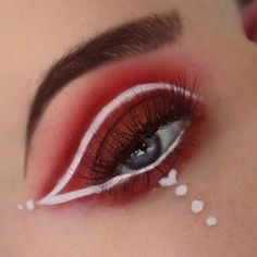 Valentine's Day Eye Makeup