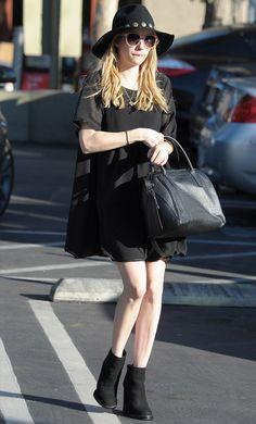 Emma Roberts Street Style Vestido Preto