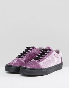 Vans – Old Skool – Sneakers aus purpurnem Samt at asos.com