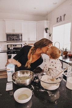Cute Family, Baby Family, Family Goals, Beautiful Family, Family Life, Life Goals Future, Future Mom, Little Babies, Cute Babies